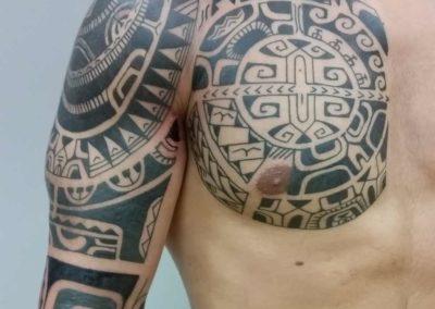 Den O'Mahony, tattoo, chest&arm
